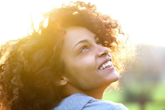 Conseils pour protéger votre peau des rayons du soleil.