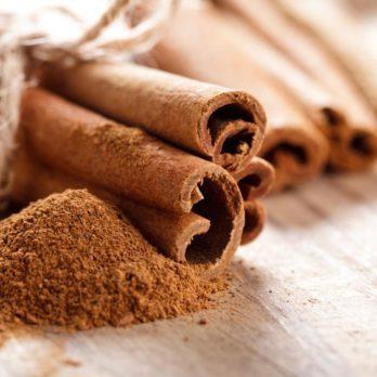 Parmi les aliments anti-inflammatoires, on retrouve la cannelle.