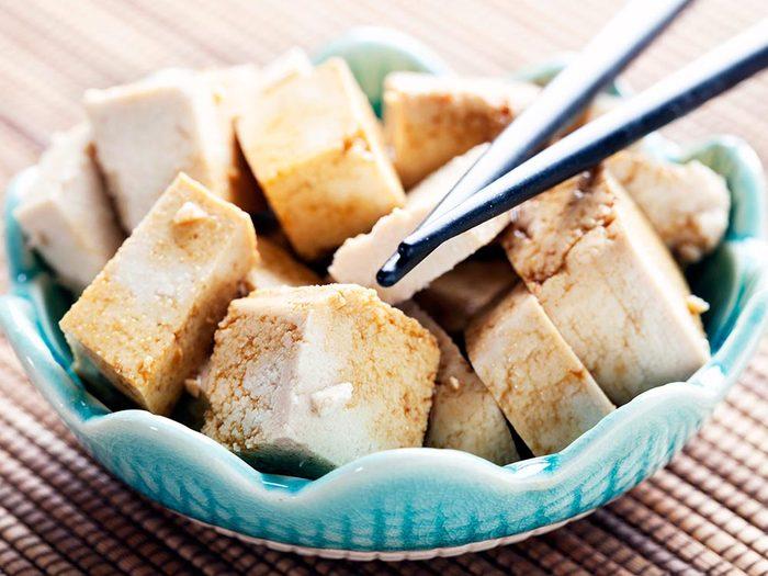 Parmi les aliments anti-inflammatoires, on retrouve le soya.