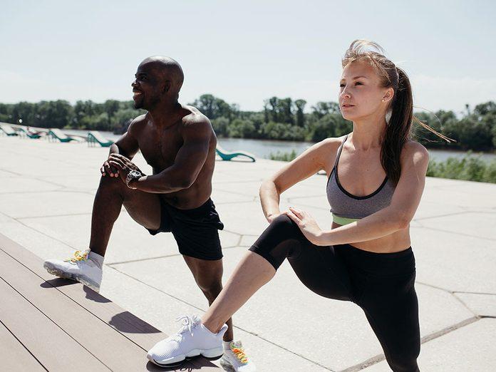 Le sport peut soulager douleurs articulaires et musculaires.