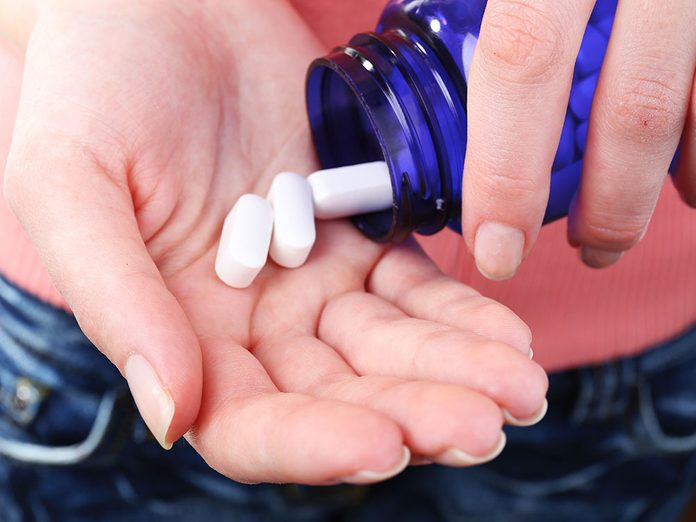 Un supplément de calcium et de magnésium peut soulager douleurs articulaires et musculaires.