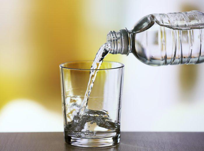 Oubliez l'eau embouteillée