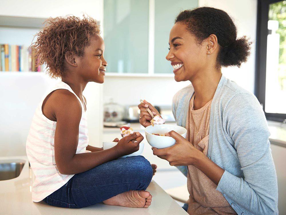Choses à savoir sur le rire: il existe un yoga du rire.