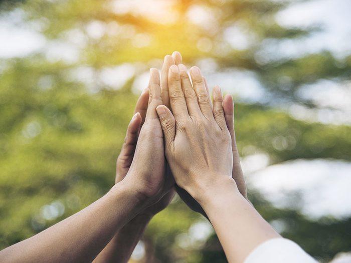 Le bénévolat est un remède naturel contre la dépression.