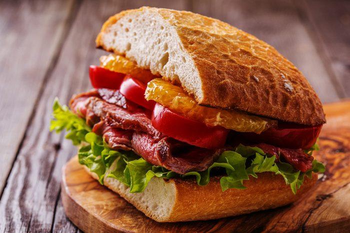 Une idée repas pour les lunchs de sandwichs à la thaïlandaise.