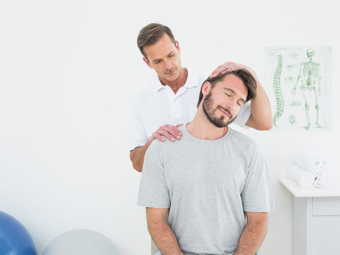 La chiropratique et l'ostéopathie peuvent soulager votre mal de dos.