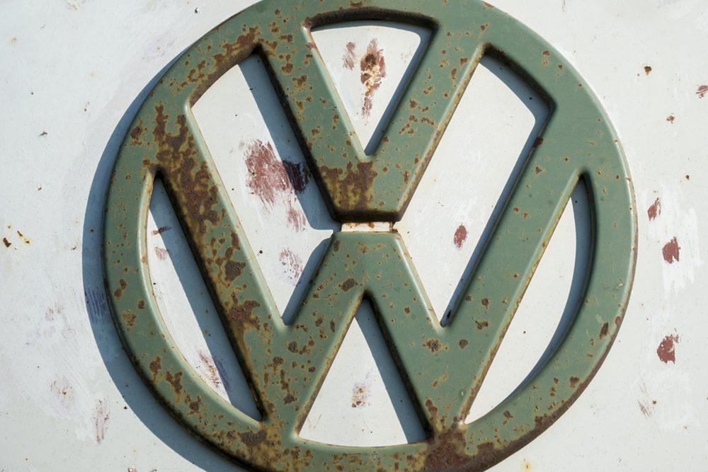 """Voiture célèbre : le Volkswagen Coyote X 1971 de la série """"Le juge et le pilote""""."""