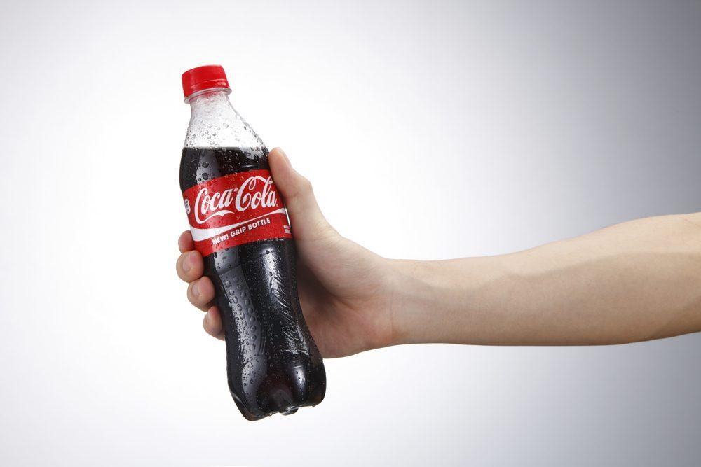 Le cola, pour des pare-brises éclatants de propreté