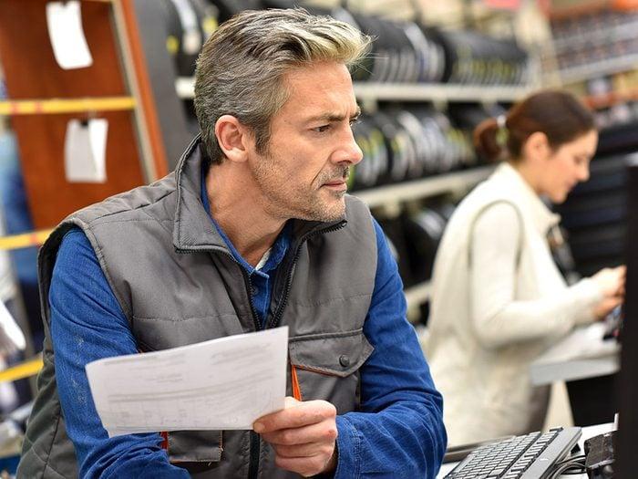 Réparation de voitures: des tarifs qui ne sont pas clairement identifiés.