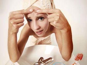 11: De l'urine pour éliminer l'acné!