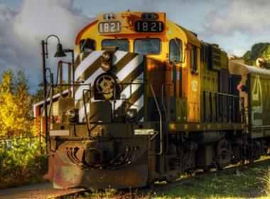 2. Découvrez les attractions touristiques à bord du train du Massif de Charlevoix