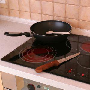 Cuisinière à plaque de verre ou de céramique