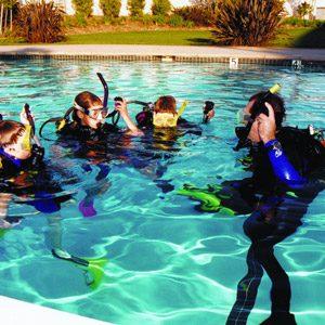 4. Les camps de plongée en mer PADI Diving Sea Camps, divers endroits