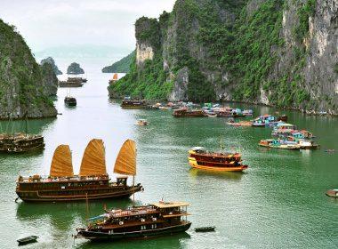 4. Baie de Ha Long, Vietnam