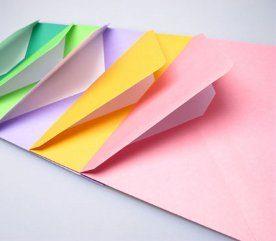 Laissez tomber les cartes d'invitation imprimées sur commande