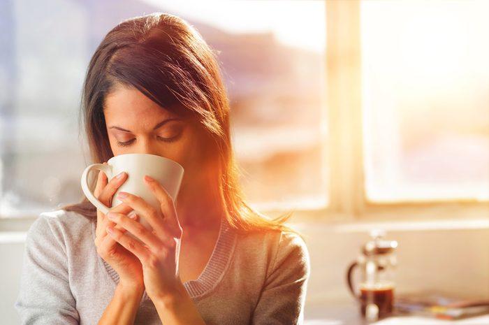 Pour se détendre, rien de tel qu'être réveillé par l'odeur du café.