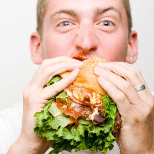 Un hamburger trop gros pour la bouche