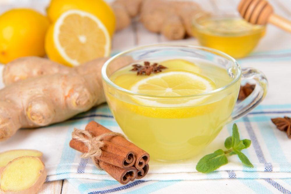 10. Le thé au gingembre peut soigner les maux d'estomac.