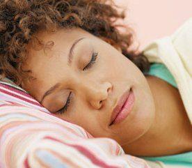 Comment réparer votre peau pendant votre sommeil