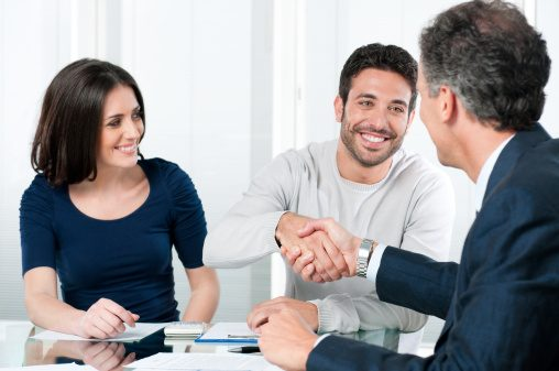 Emprunter à votre conjoint pour acheter des actions et obligations