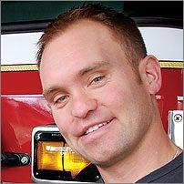 Matt Dunfield, pompier Service des incendies de Moncton (Nouveau-Brunswick)
