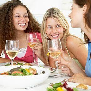 Des amis pour le dîner