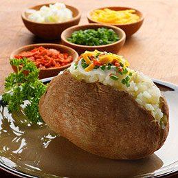 1. Cuire des pommes de terre au four à micro-ondes