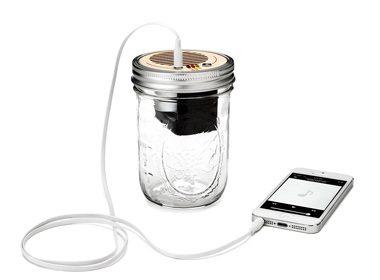 2. Amplificateur et enceinte acoustique dans un pot Mason - 65$