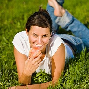 Des dents en santé grâce aux aliments