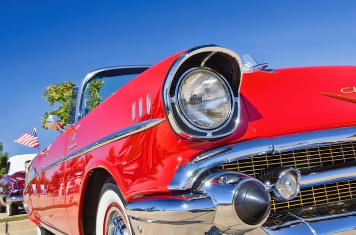 Le Hockley Antiques and Automative Fair