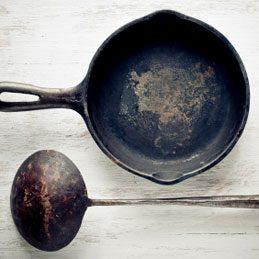 3. Nettoyer une poêle en fonte