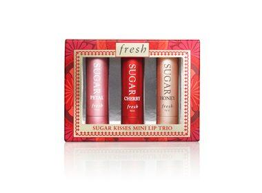 4. Sugar Kisses Mini Lip Trio de Fresh - 32$