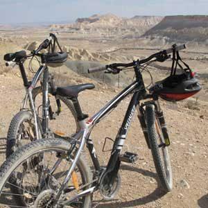 4. Roulez à vélo dans le désert du Néguev