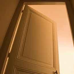 Poser une porte à la perfection