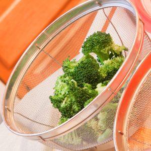 7 moyens de manger dehors sans parasites ail s. Black Bedroom Furniture Sets. Home Design Ideas