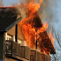 Mythe: La plupart des incendies se produisent dans des résidences privées.