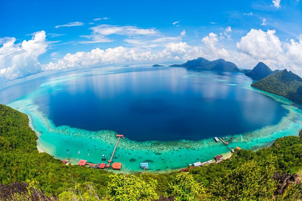 6. Bunga Raya Island Resort, Malaisie