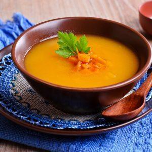 Potage aux carottes et à l'aneth