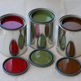 6. Filtrez les restants de peinture dans un nouveau pot