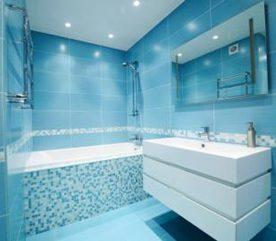 3. Égayez votre salle de bains avec des carreaux de mosaïque