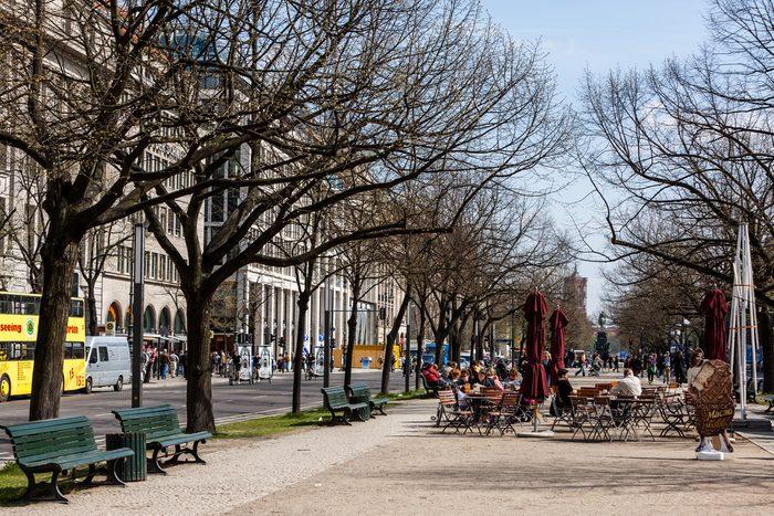 2. Unter den Linden