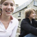 Les adolescents et l'amour: 7 conseils pour les parents