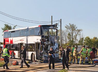 La collision d'Ottawa Bus et Via Rail