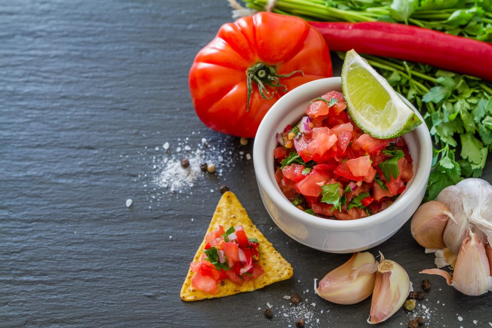 Spicy homemade salsa to burn more calories