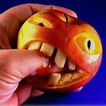 Pomme qui mord