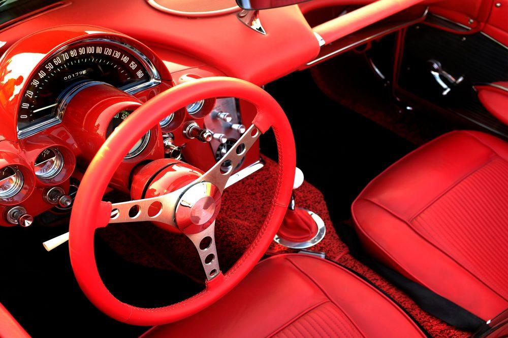 Meilleures applications pour amateurs de voitures classiques : CarKind et SoundRacer