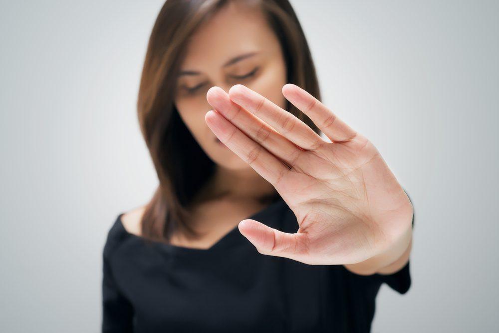 Apprenez à dire non pour limiter les sources de stress et ainsi mieux gérer votre anxiété.