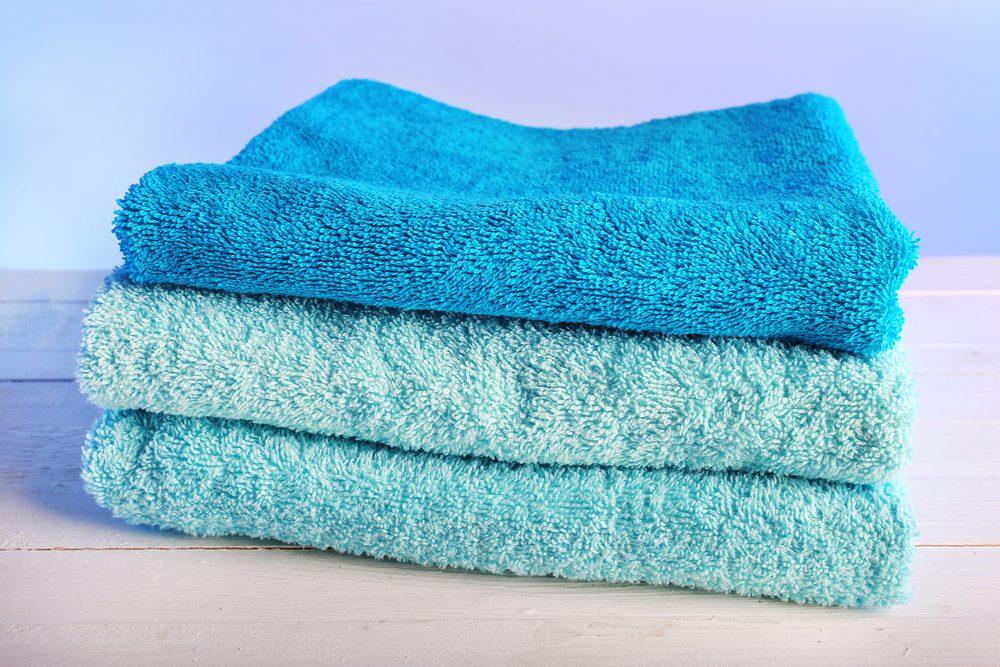 Le sel d'epsom est utile pour assouplir les serviettes.