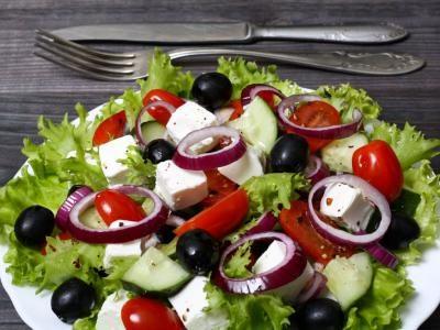 5. Ajoutez des tonnes d'autres fruits et légumes à votre salade minceur