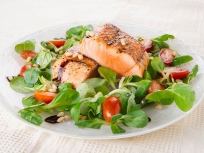 4. Comptez sur les protéines pour une salade minceur soutenante